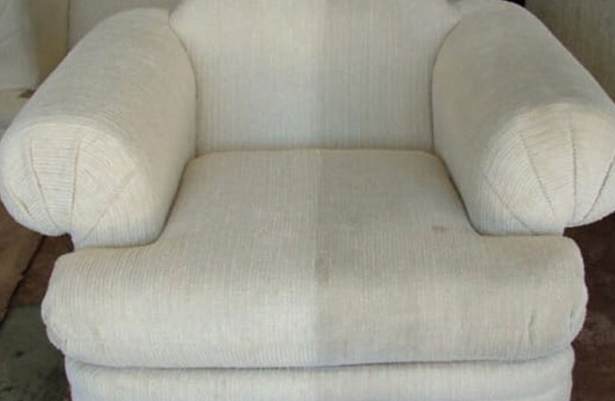 Quick Tips for Cleaning Upholstery